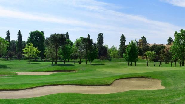 Venerdì 1° maggio, presso il Golf Club di Lignano, si rinnova l'appuntamento con ACIgolf, il Campionato Italiano di golf organizzato dall'Automobile Club d'Italia. La gara, giunta alla 24^ edizione, tocca […]